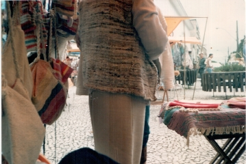detalhe da feira na barraca da Zélia